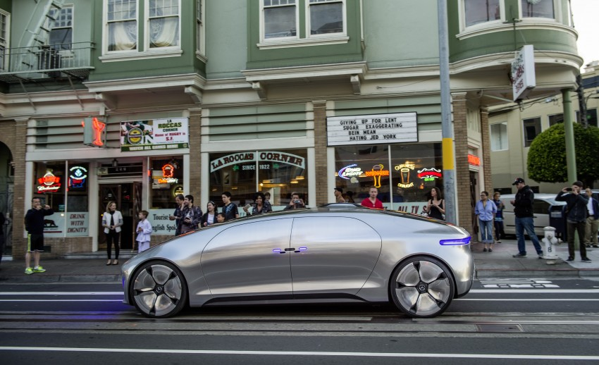 DRIVEN: Mercedes-Benz F 015 Luxury In Motion in SF Image #322068