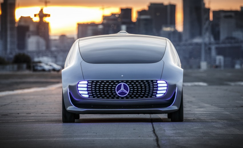 DRIVEN: Mercedes-Benz F 015 Luxury In Motion in SF Image #322067