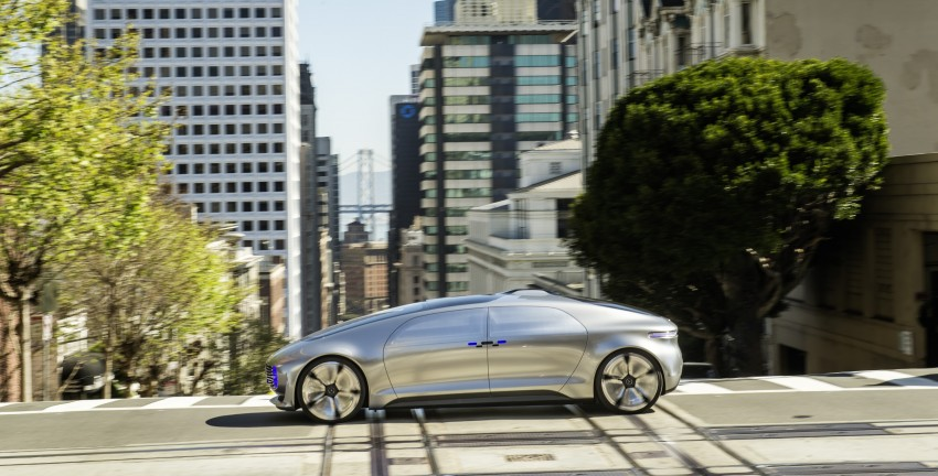 DRIVEN: Mercedes-Benz F 015 Luxury In Motion in SF Image #322065