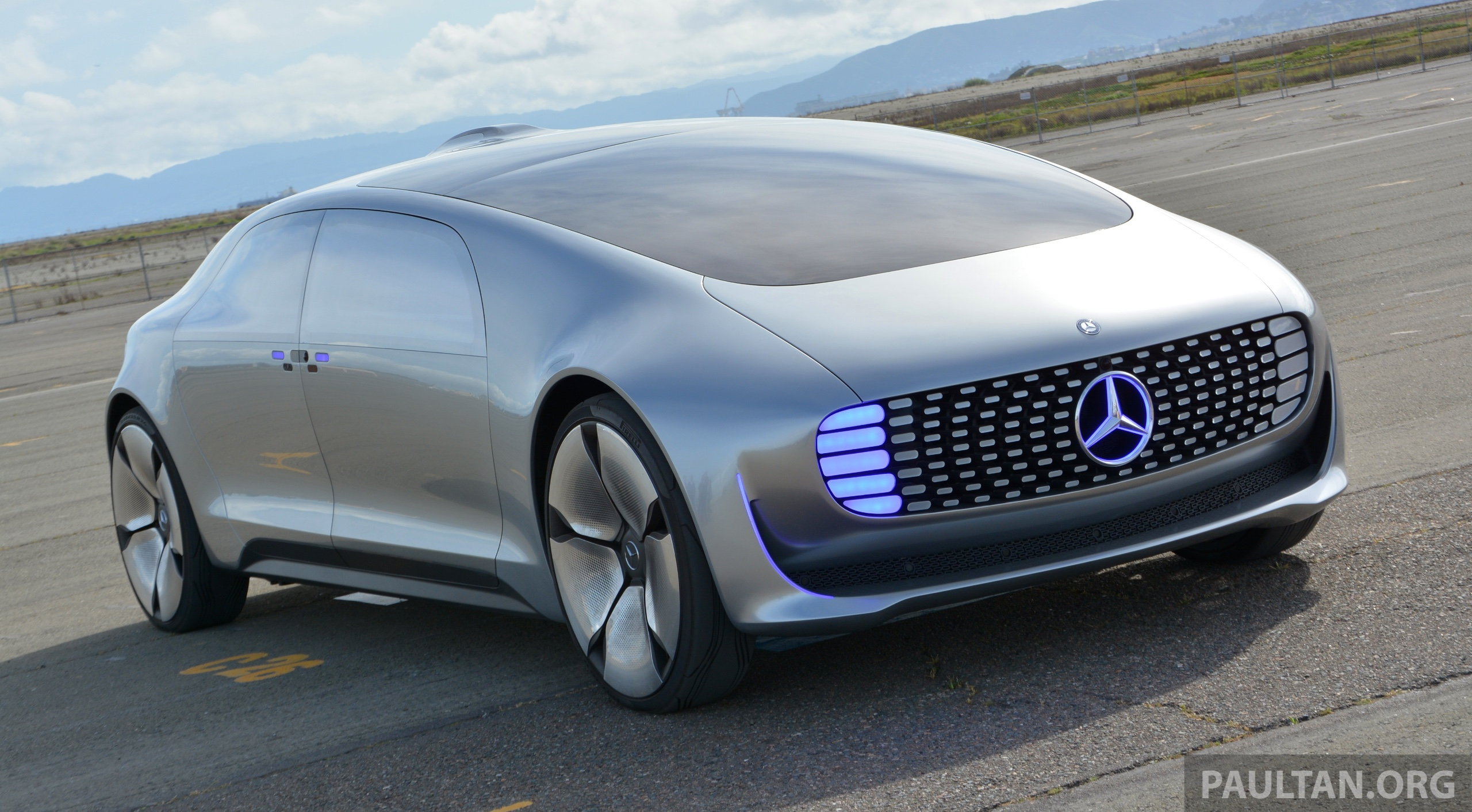Driven Mercedes Benz F 015 Luxury In Motion In Sf Image