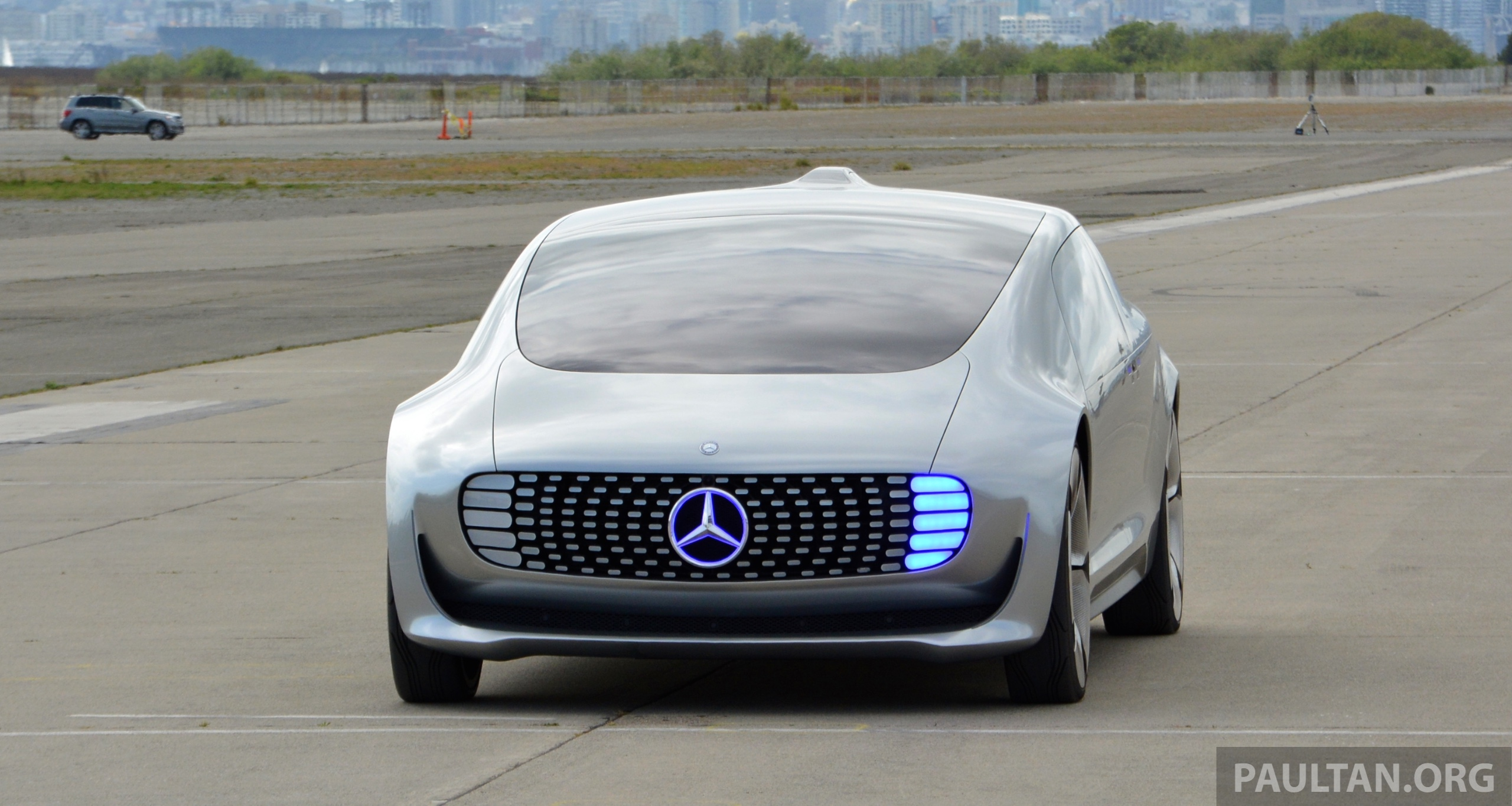 Driven Mercedes Benz F 015 Luxury In Motion In Sf Paul
