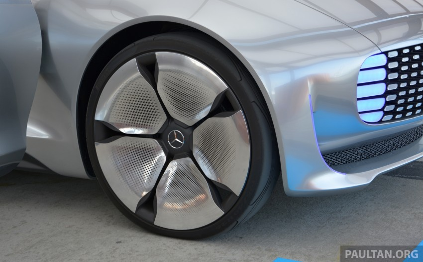 DRIVEN: Mercedes-Benz F 015 Luxury In Motion in SF Image #322128