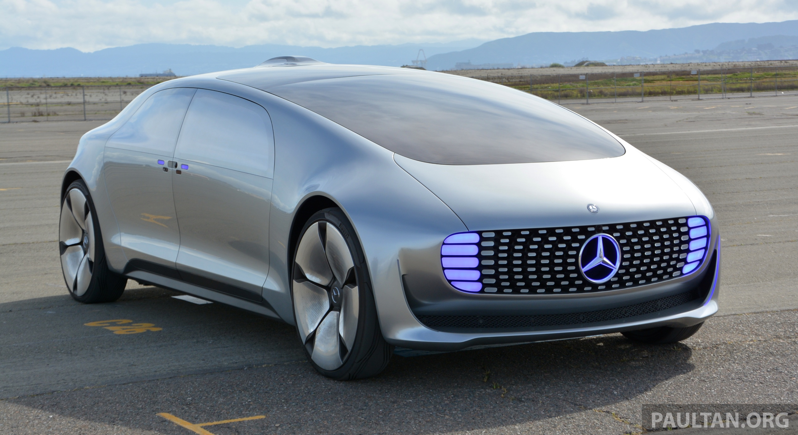 DRIVEN: Mercedes Benz F 015 Luxury In Motion In SF Image #322151