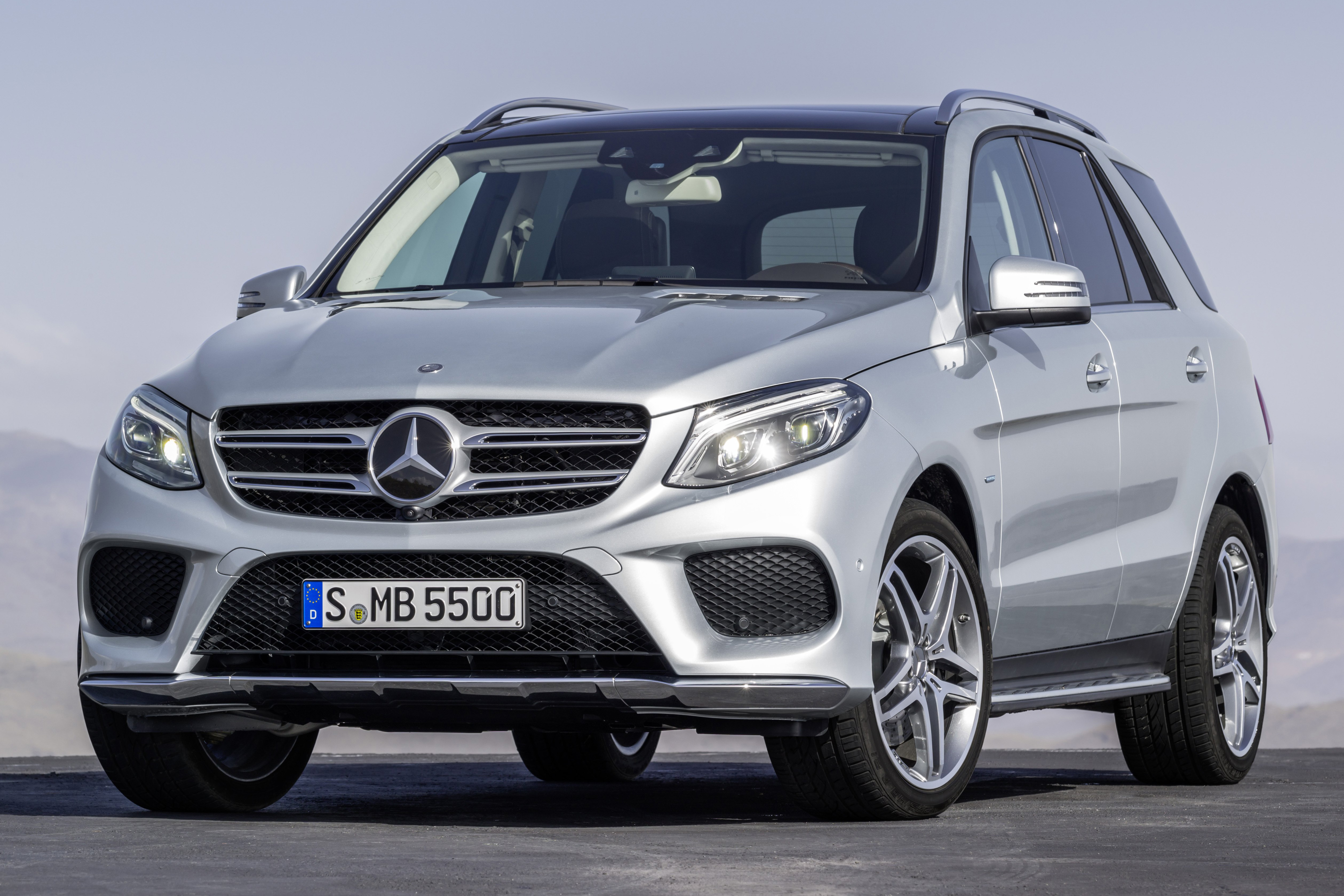 Mercedes-Benz GLE-Class unveiled – former M-Class gets new ...