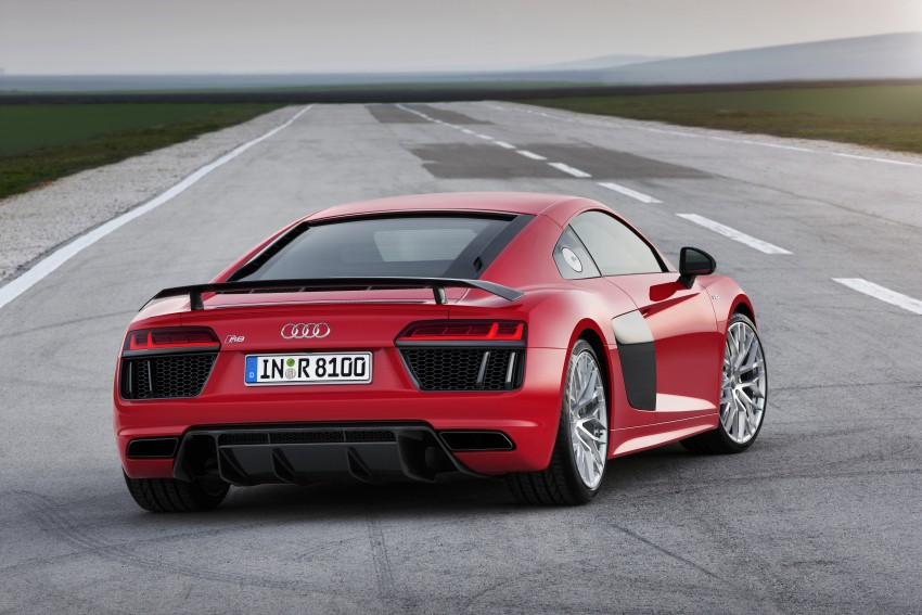 GALLERY: 2016 Audi R8 5.2 FSI V10 and R8 e-tron Image #315117
