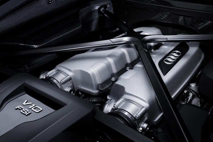 GALLERY: 2016 Audi R8 5.2 FSI V10 and R8 e-tron Image #315114