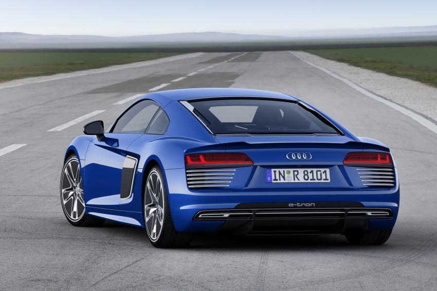 GALLERY: 2016 Audi R8 5.2 FSI V10 and R8 e-tron Image #315209