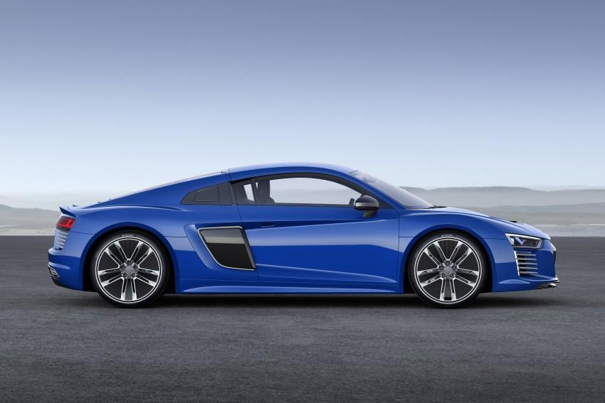 GALLERY: 2016 Audi R8 5.2 FSI V10 and R8 e-tron Image #315206