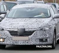 Renault Big Sedan 1