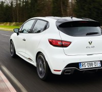 Renault Clio RS 220 Trophy-02