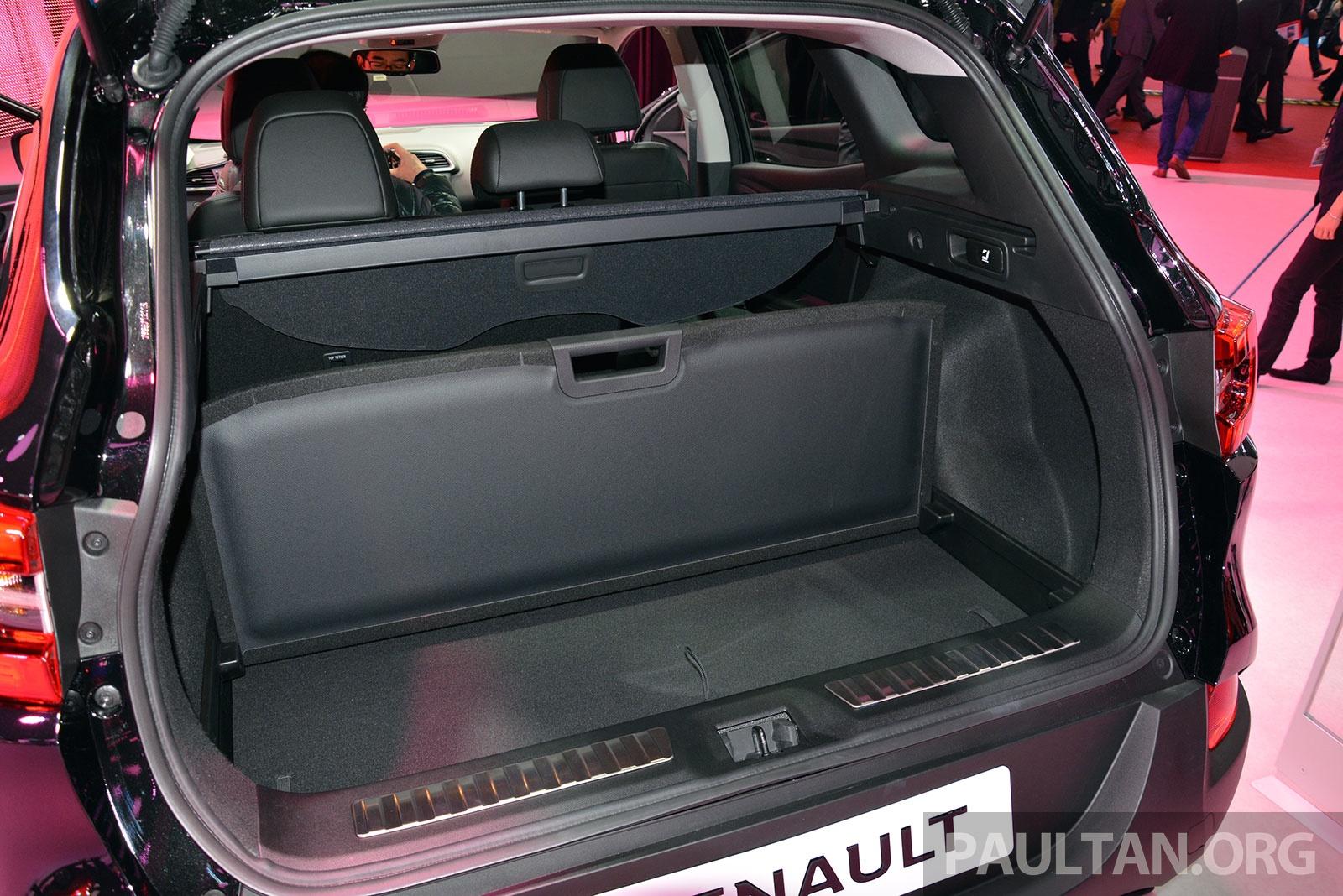 Nissan Qashqai 2017 Interior >> Renault Kadjar SUV – Nissan Qashqai's French sister makes its debut in Geneva; full live gallery ...