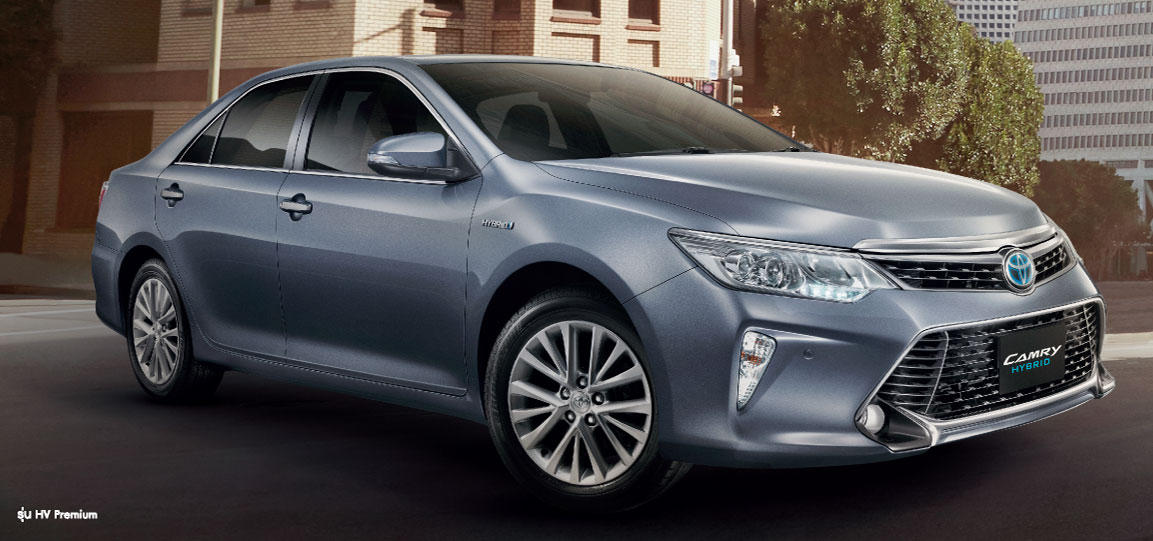 2015 Toyota Camry Facelift Range Launched In Thailand