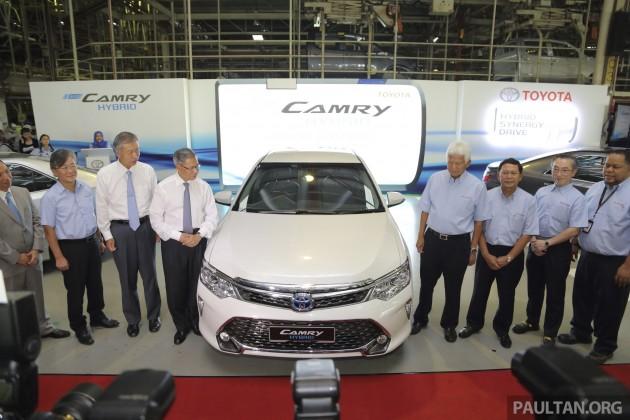 Toyota Camry Hybrid Line Off 2