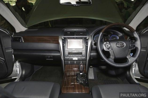 Toyota Camry Hybrid Line Off 9