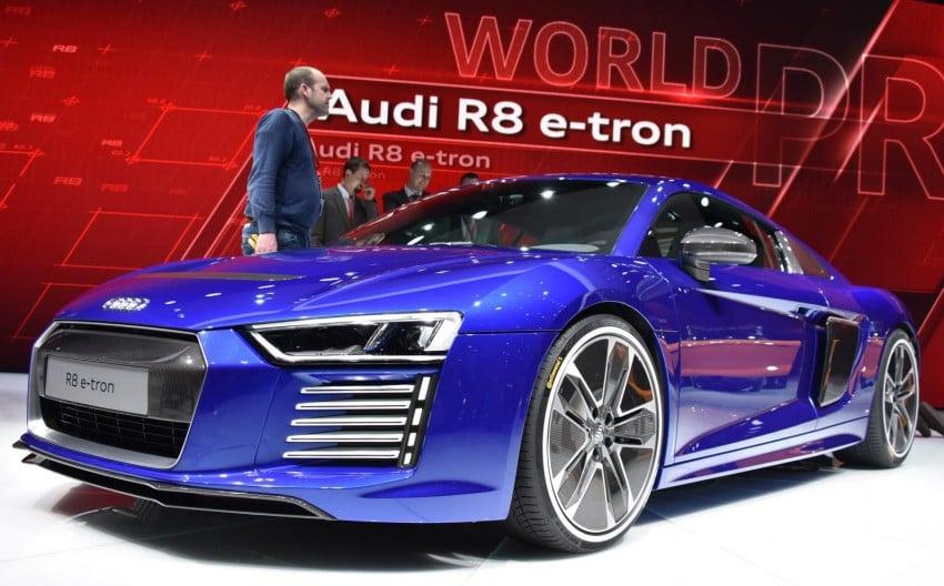 GALLERY: 2016 Audi R8 5.2 FSI V10 and R8 e-tron Image #316305