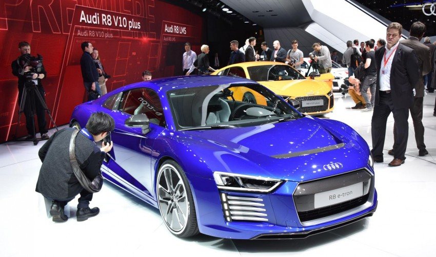 GALLERY: 2016 Audi R8 5.2 FSI V10 and R8 e-tron Image #316310