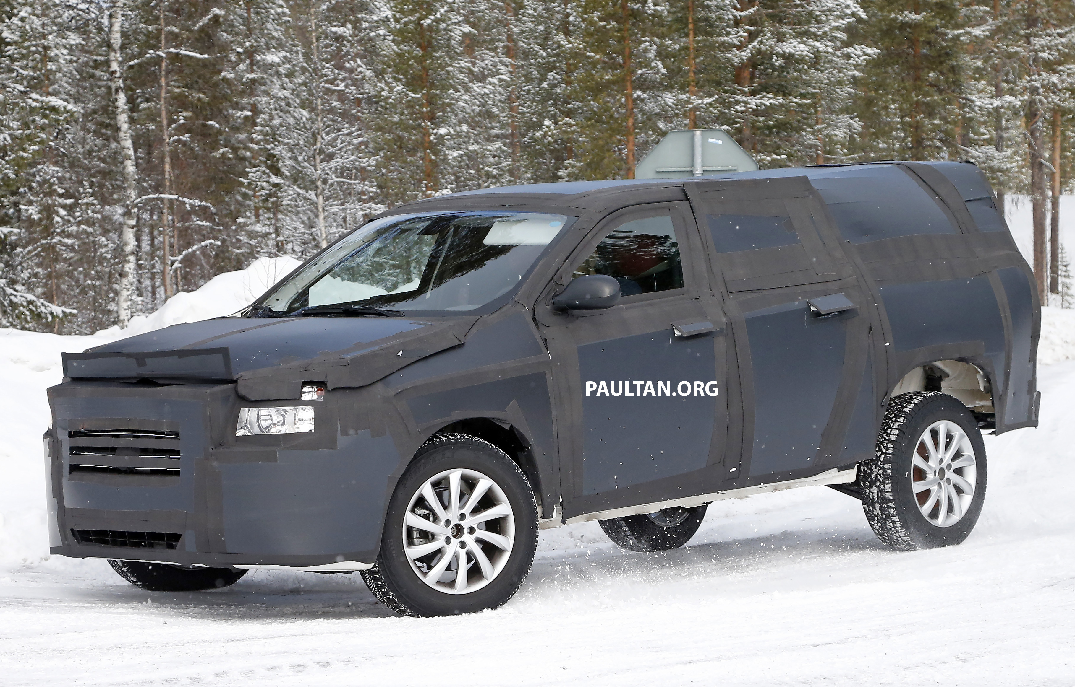 2016 Dodge Pickup >> SPIED: 2016 Fiat pick-up truck to rival Toyota Hilux Paul Tan - Image 321681
