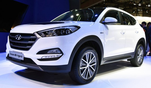 hyundai tucson hybrid concepts unveiled in geneva. Black Bedroom Furniture Sets. Home Design Ideas
