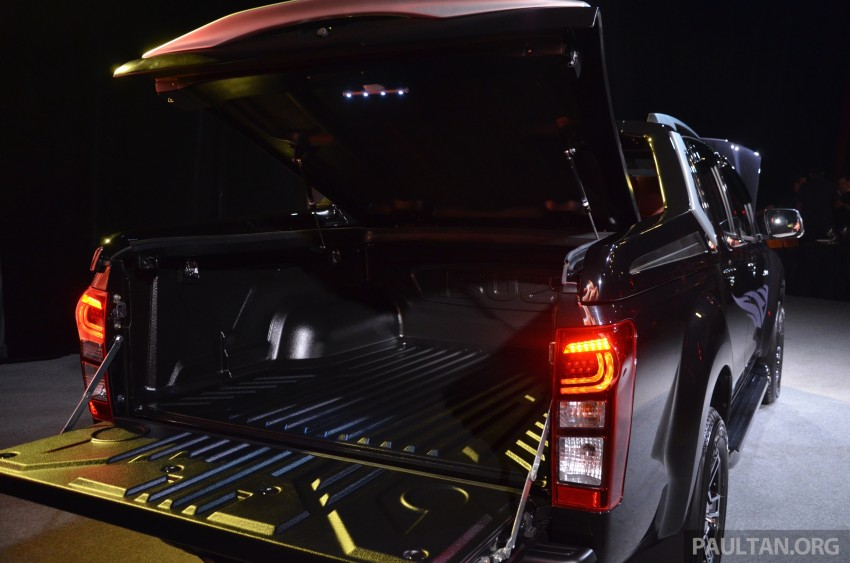 Isuzu D-Max Diablo launched, priced from RM107,077 Image #318430