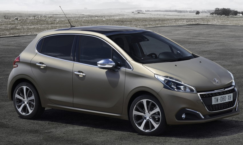 Peugeot 208 facelift gets world's first textured paint Image #321935