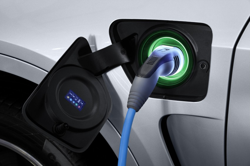 BMW X5 xDrive40e revealed – first non-i plug-in hybrid Image #353149