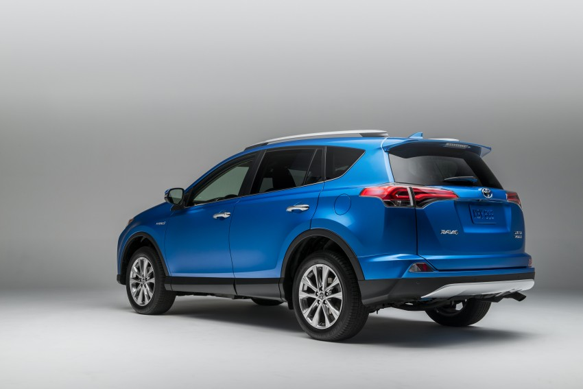 2016 Toyota RAV4 Hybrid, facelift make NY debut Image #325031