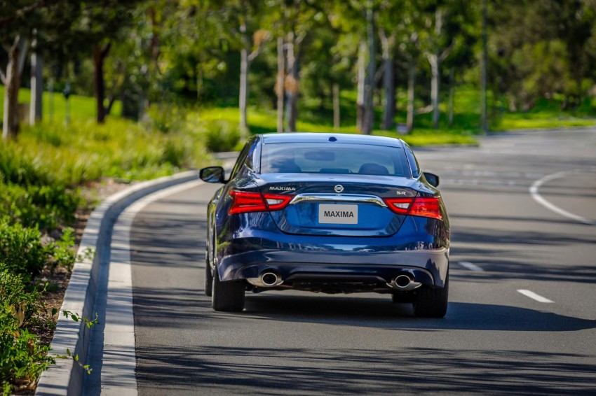 2016 Nissan Maxima debuts in New York with 300 hp Image #324922