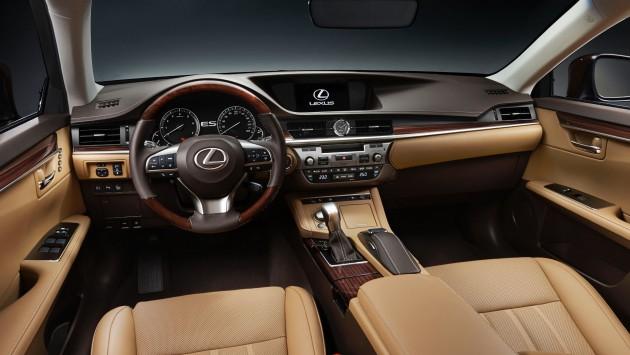 2015_ShanghaiMotorShow_2016_Lexus_ES_200_006