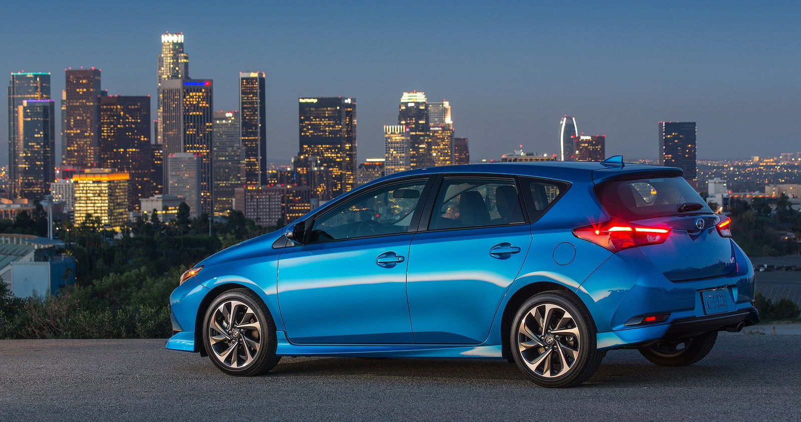 2016 Scion Im Toyota Auris Hatchback For The Usa Image
