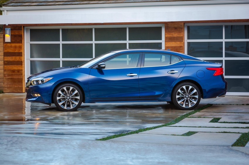 2016 Nissan Maxima debuts in New York with 300 hp Image #324921