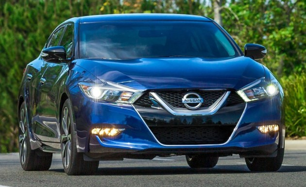 2016 nissan maxima debuts in new york with 300 hp. Black Bedroom Furniture Sets. Home Design Ideas