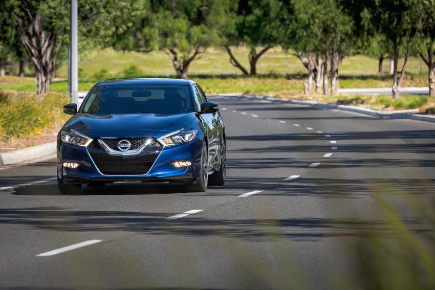 2016 Nissan Maxima debuts in New York with 300 hp Image #324926