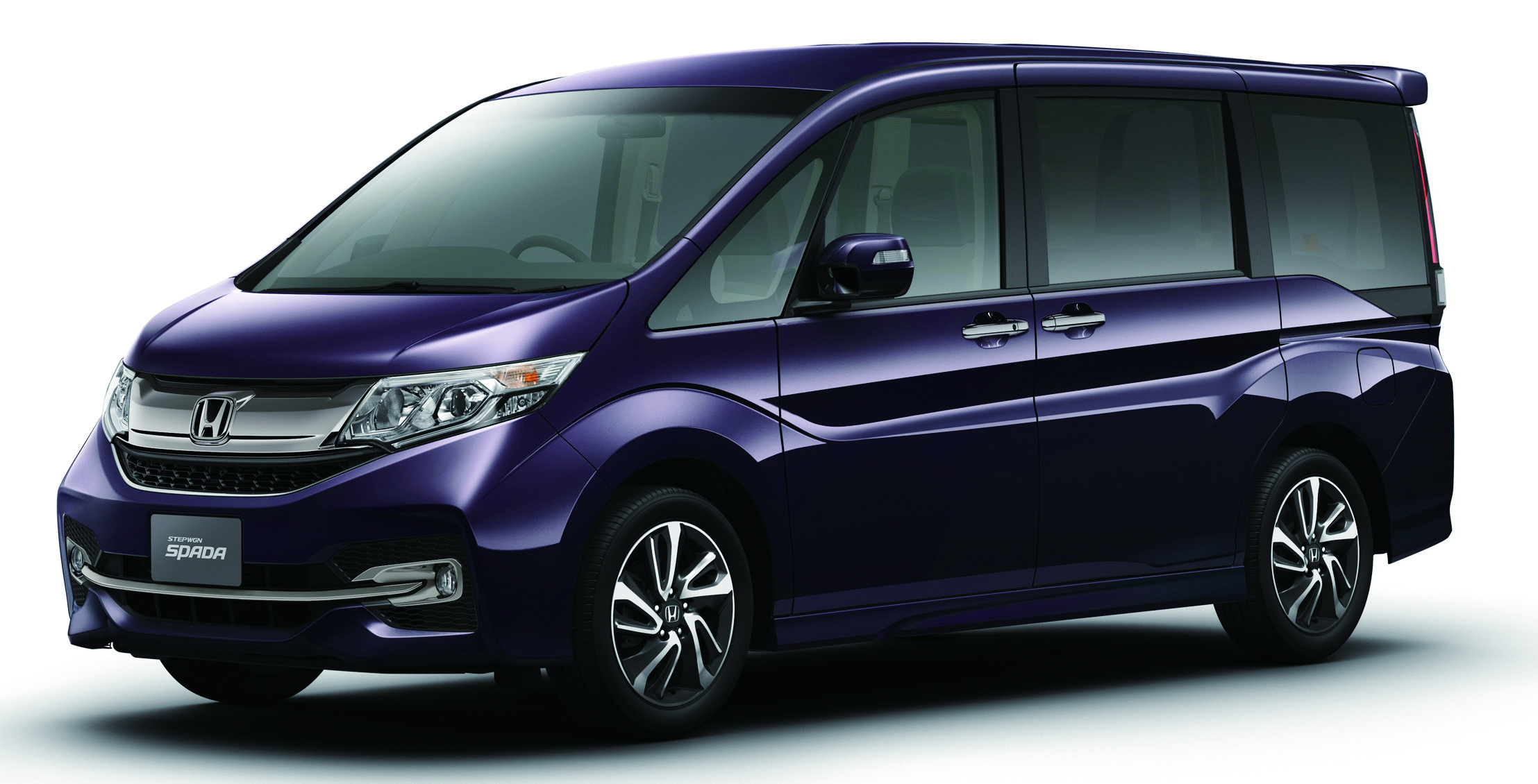 2015 Honda StepWGN goes on sale in Japan