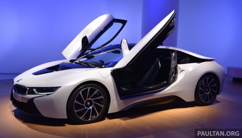 DRIVEN: BMW i8 plug-in hybrid sports car in Milan Image #329801