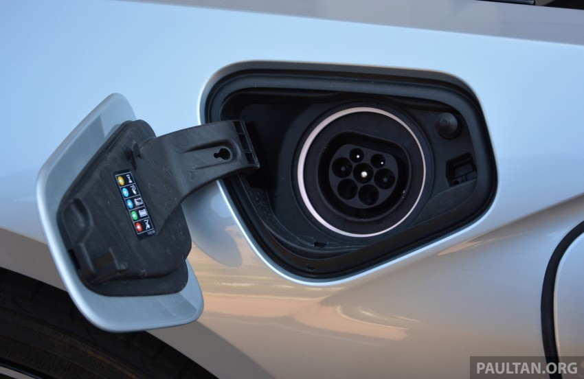 2015 Bmw >> DRIVEN: BMW i8 plug-in hybrid sports car in Milan Paul Tan - Image 329839