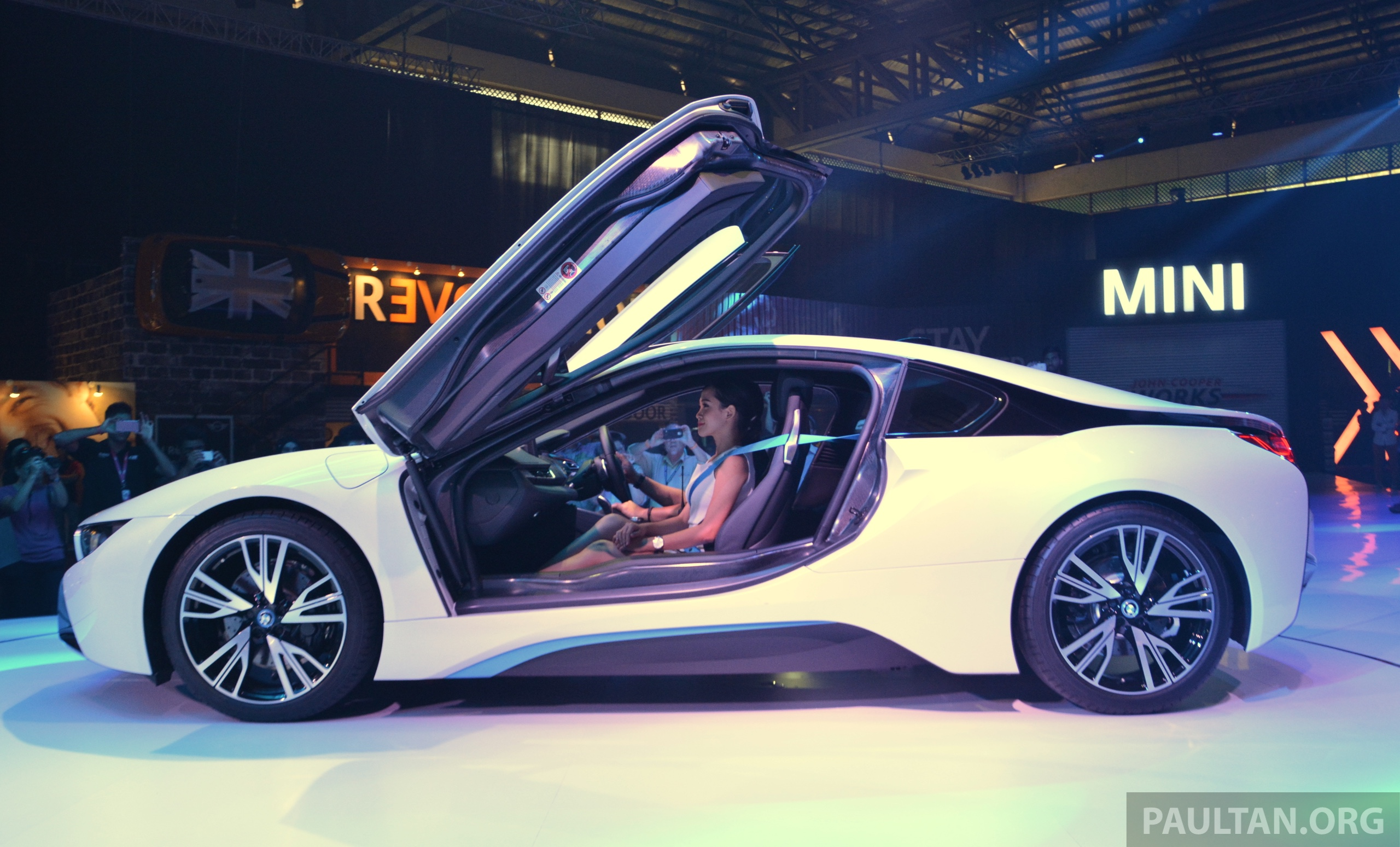 Bmw I8 Launched In Malaysia Priced At Rm1 188 800 Paul Tan Image