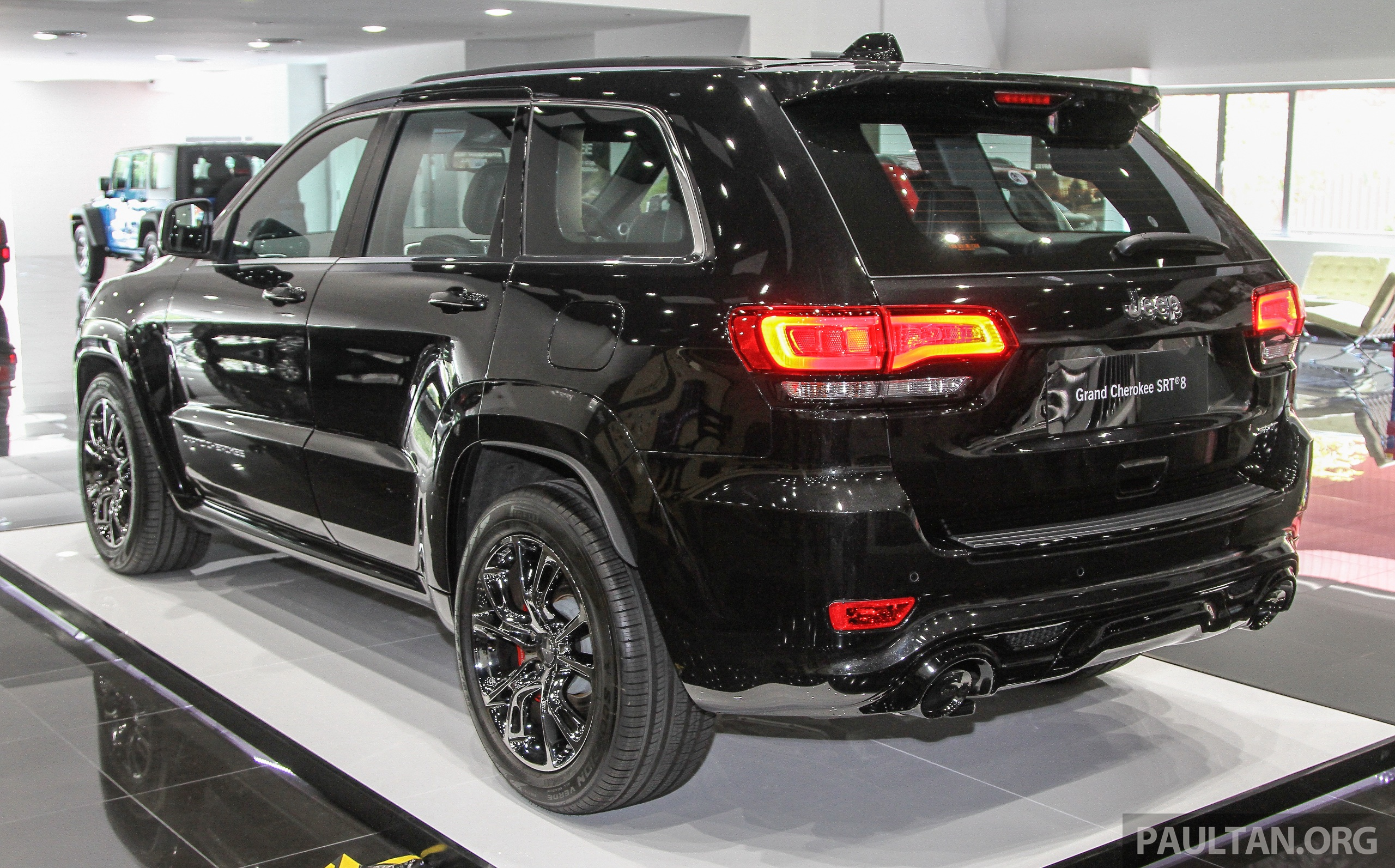 jeep grand cherokee srt now in malaysia rm699k image 332830. Cars Review. Best American Auto & Cars Review
