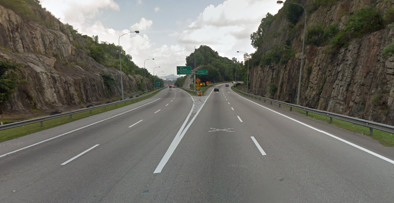 PLUS – traffic diversion on NKVE towards Jalan Duta Image #332480