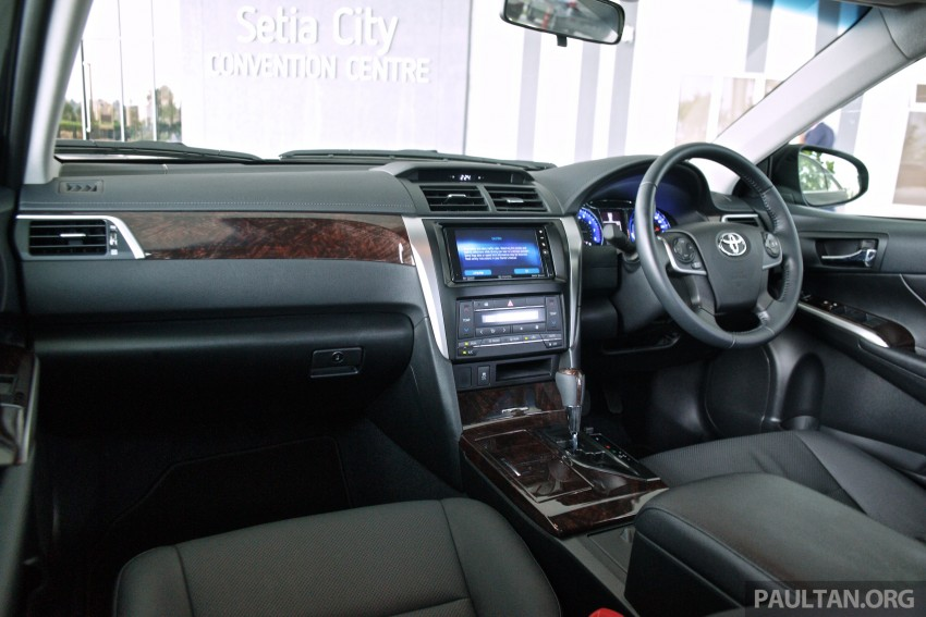 DRIVEN: 2015 Toyota Camry 2.0G and 2.5 Hybrid previewed – return to D-segment competitiveness? Image #324098