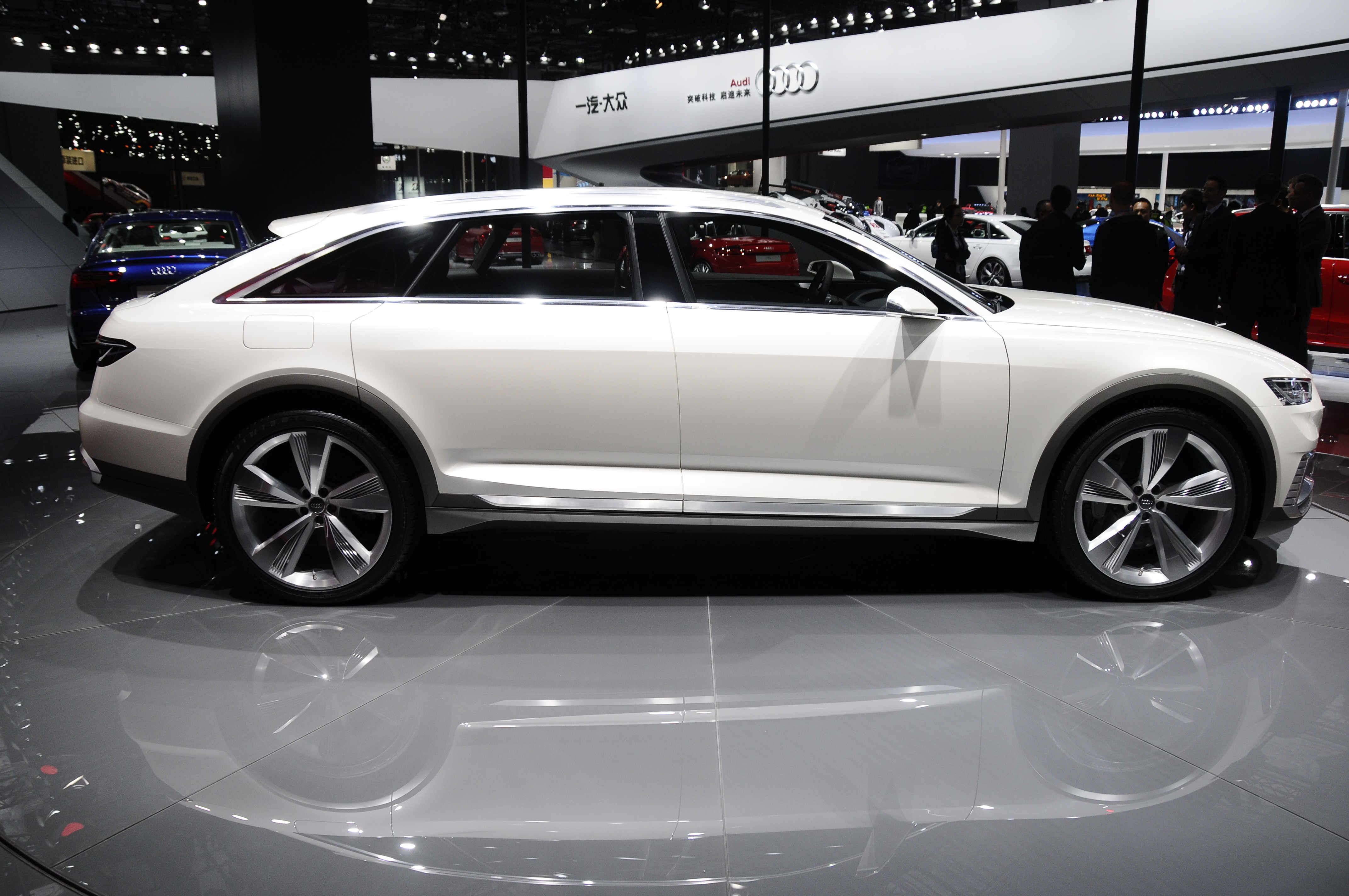 Audi Prologue Allroad concept revealed with 734 hp! Image 332545