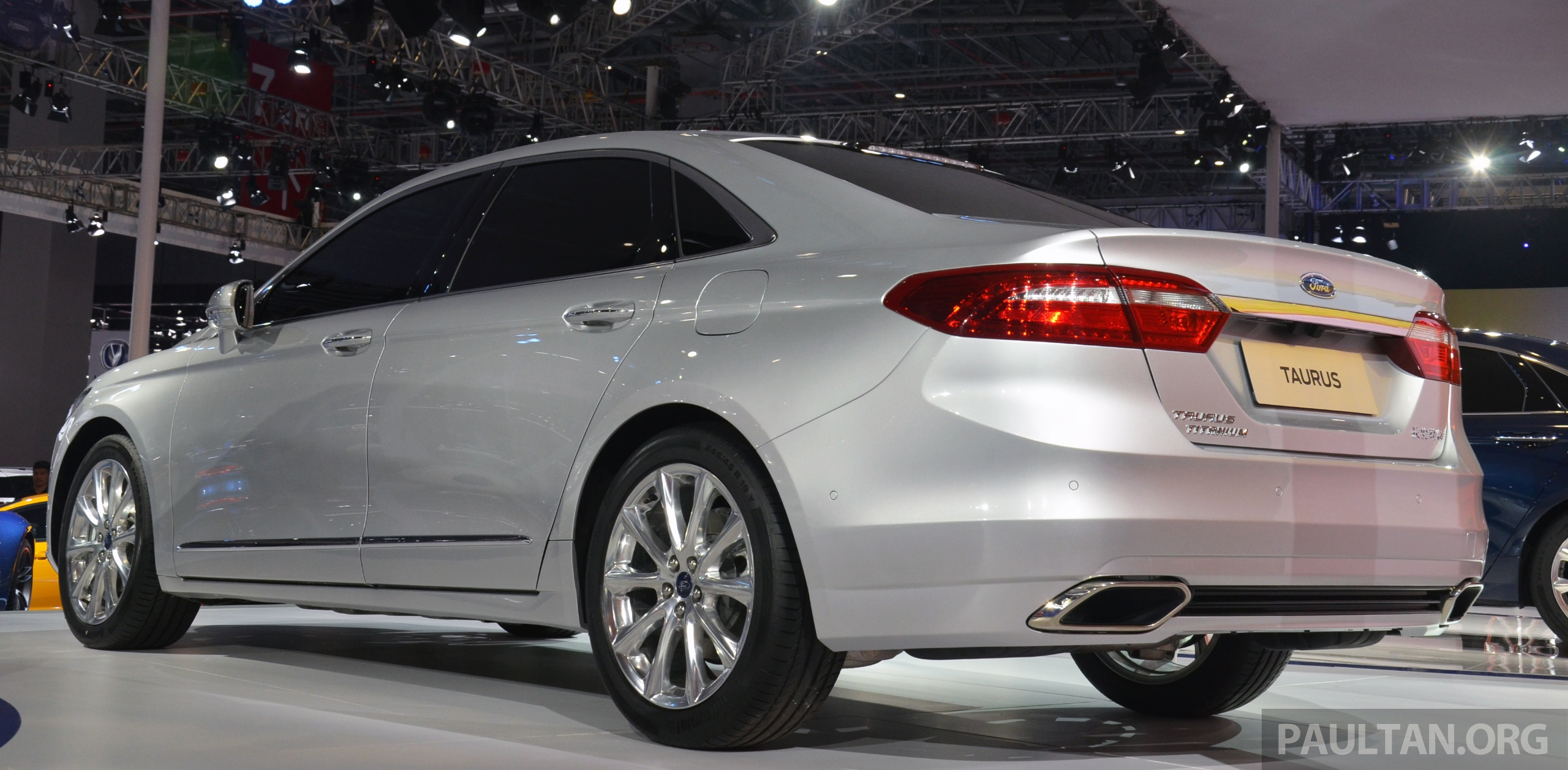 Shanghai 2015: 2016 Ford Taurus for China unveiled Paul Tan - Image 331298