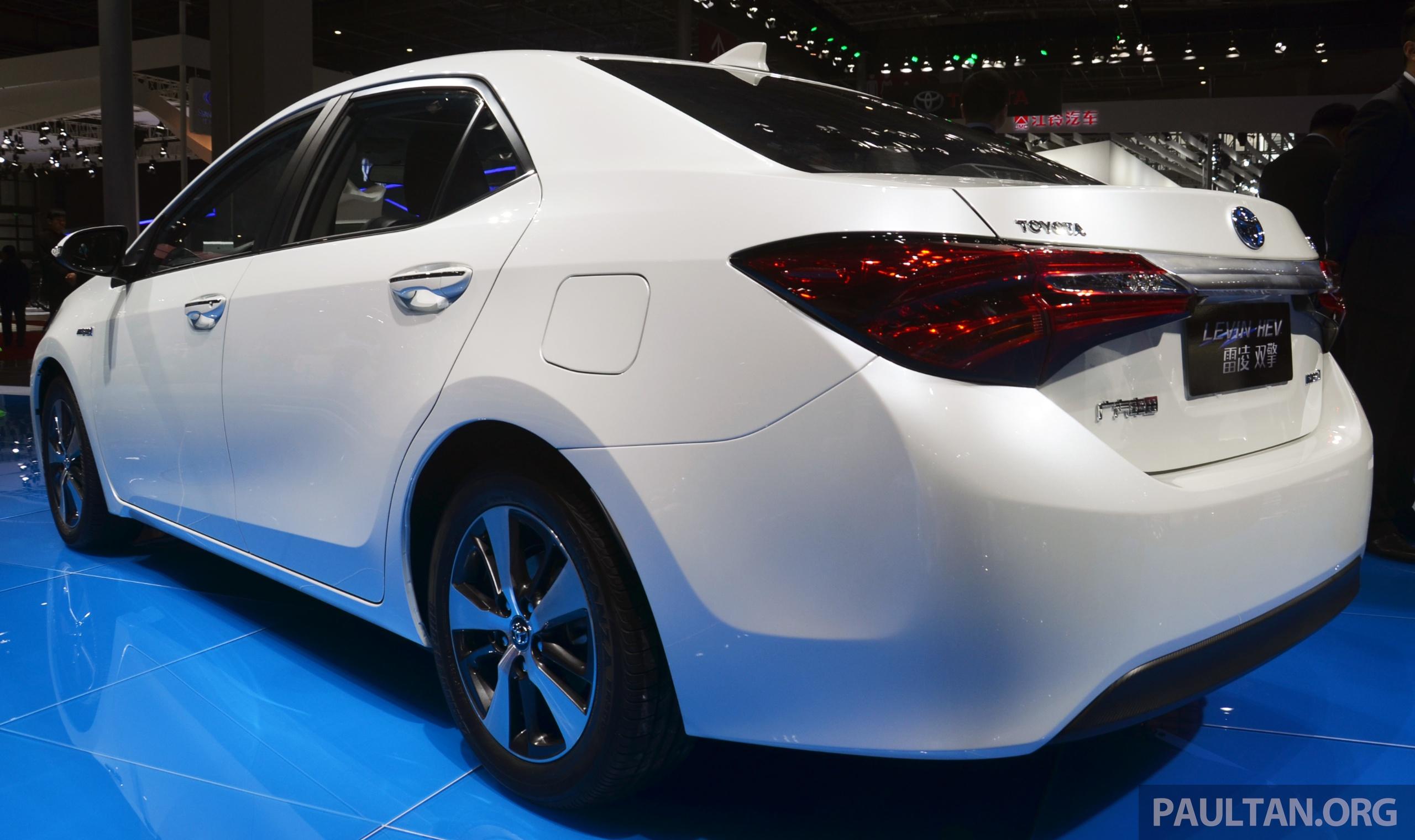 Shanghai 2015 Toyota Corolla Hybrid Levin Hev Debut Image