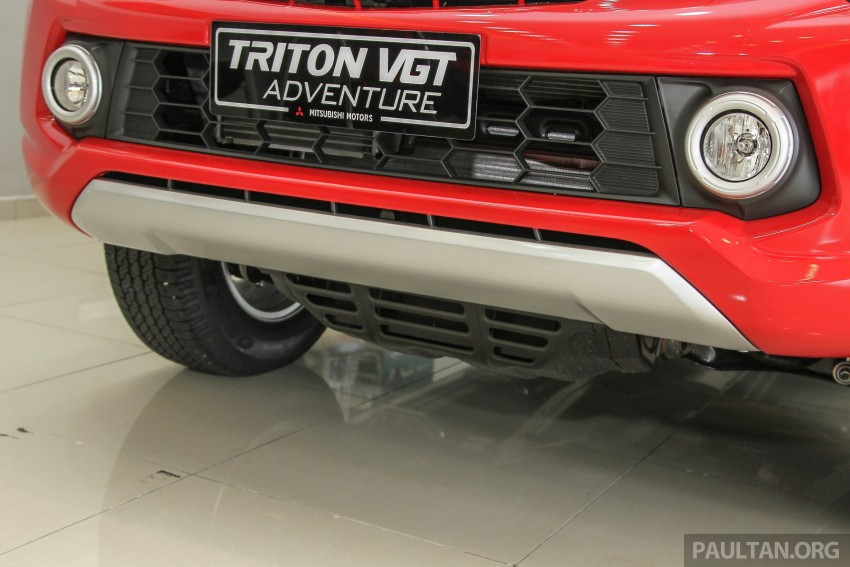 GALLERY: 2015 Mitsubishi Triton VGT in showroom! Image #334530