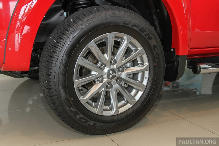 GALLERY: 2015 Mitsubishi Triton VGT in showroom! Image #334538