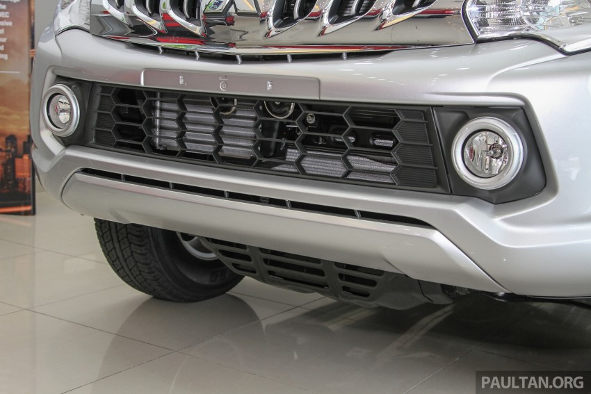 GALLERY: 2015 Mitsubishi Triton VGT in showroom! Image #334581