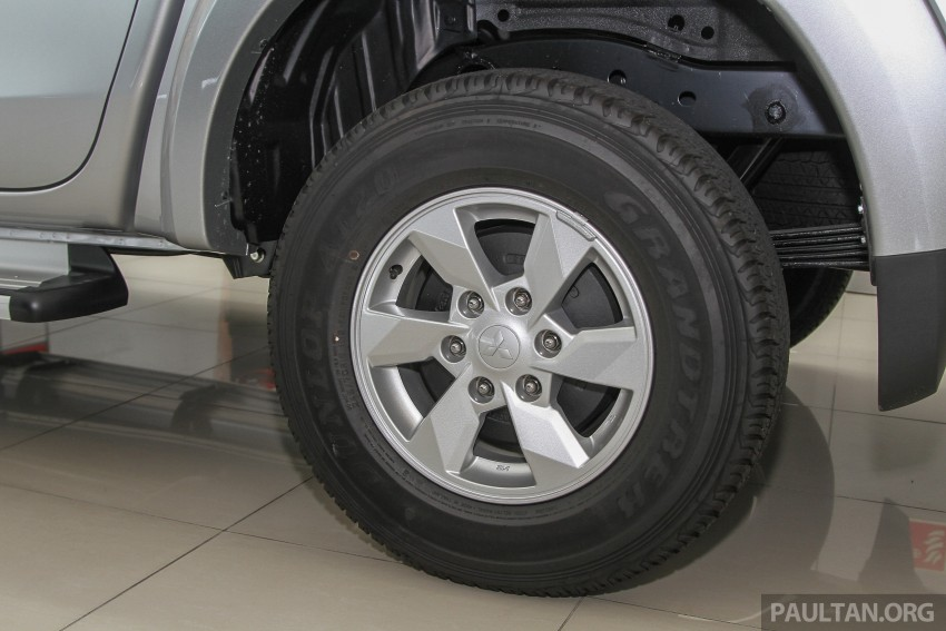 GALLERY: 2015 Mitsubishi Triton VGT in showroom! Image #334593