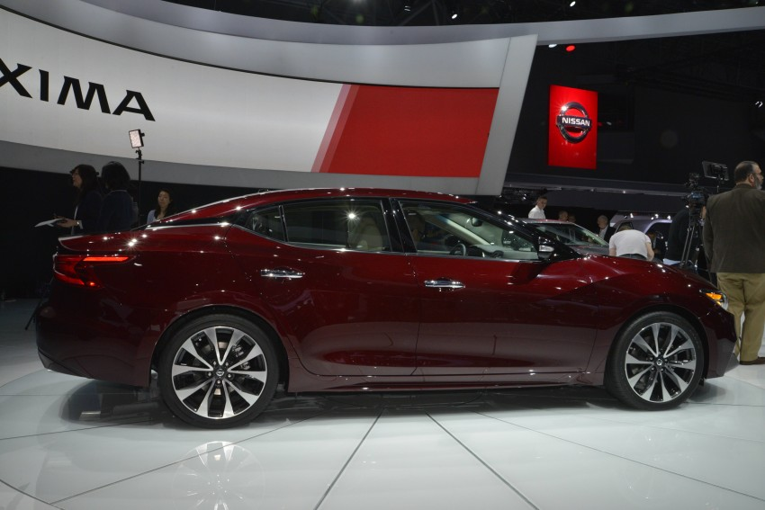 2016 Nissan Maxima debuts in New York with 300 hp Image #325466
