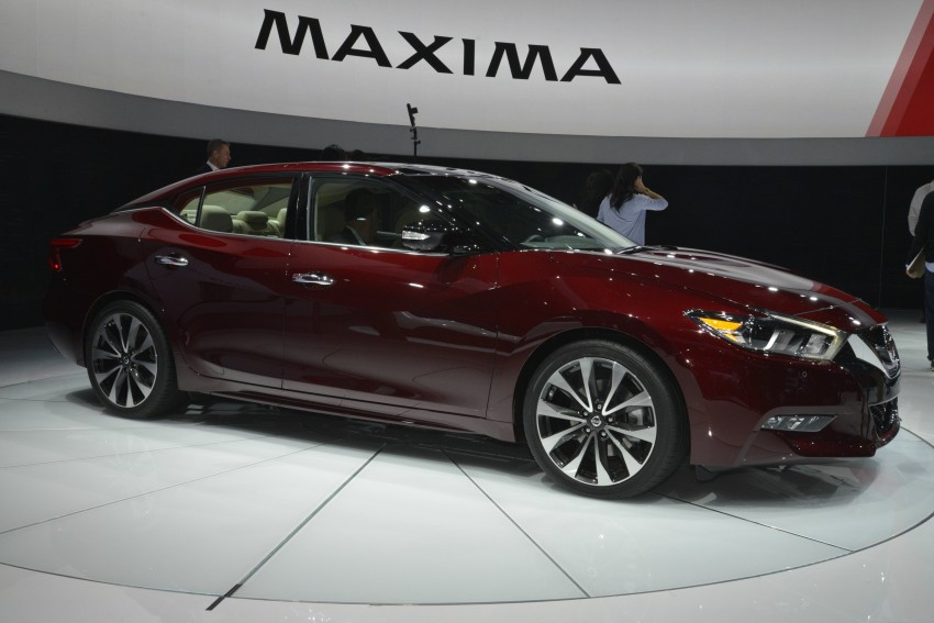 2016 Nissan Maxima debuts in New York with 300 hp Image #325480