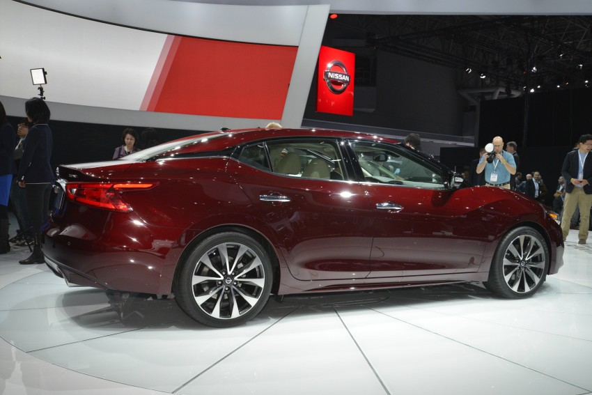 2016 Nissan Maxima debuts in New York with 300 hp Image #325482