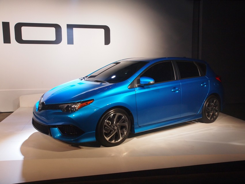 2016 Scion iM – Toyota Auris hatchback for the USA Image #325508